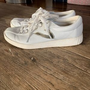 Gently used Tretorn size 8 sneaker women's